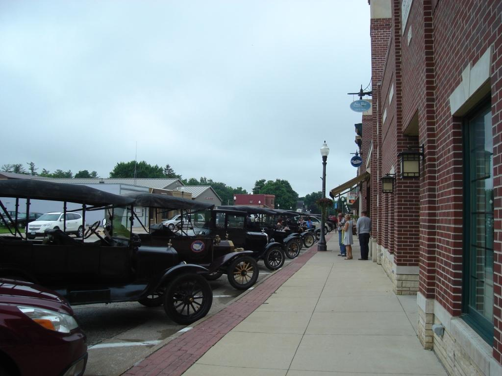 Antique cars on Main St. 6 25 15 007